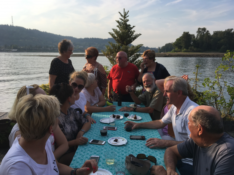 Polish and Portland Rotarians enjoy a day on the river